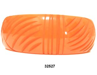 1930s Pumpkin Deeply Carved Bakelite Bangle