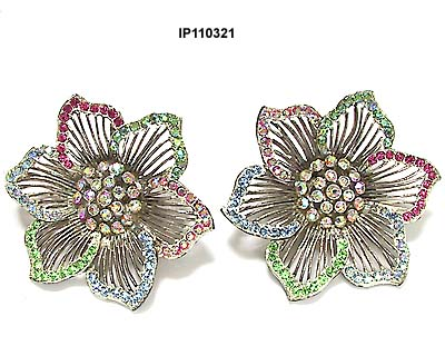 Vintage Thelma Deutsch Flower Earrings