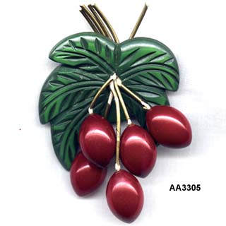 1940's Bakelite Overdyed Coconut Palm Nuts Pin