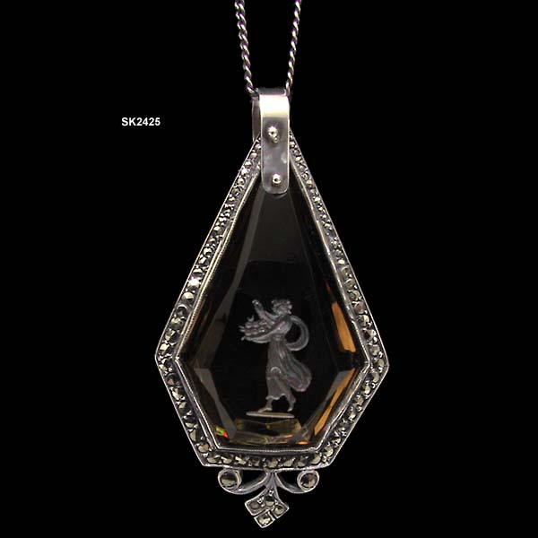1910 to 1919 A. Schollkopf of Pforzheim, Germany Reverse Carved Pendant Necklace