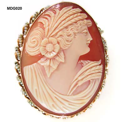 1890 to 1910 Shell Cameo of Ceres in 14 Karat Frame with Seed Pearls