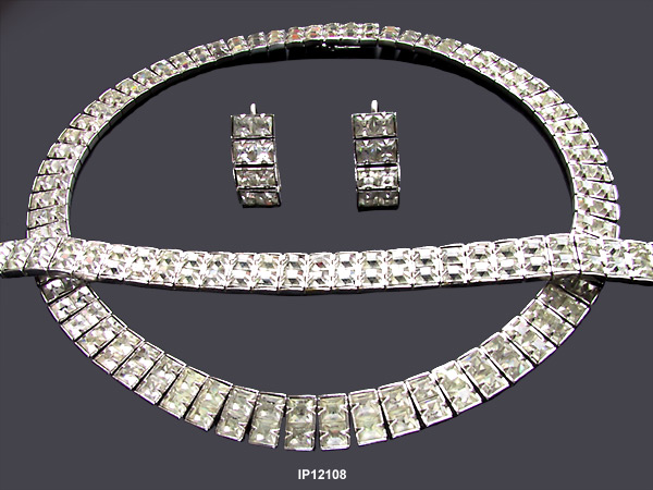 Art Deco Choker Necklace, Bracelet and Earrings c 1930s