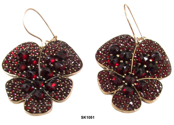 Victorian Bohemian Garnet Pansy Pendant Earrings